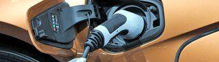 2704-riemersma-leasing-wat-je-moet-weten-als-je-voor-het-eerst-elektrisch-gaat-rijden.jpg