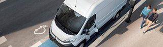 2731-riemersma-leasing-zakelijk-verduurzamen-elektrische-bedrijfswagens-met-grijs-kenteken.jpg